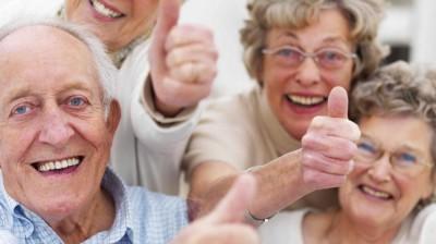 Il caffè migliora i tempi di reazione, soprattutto tra gli anziani
