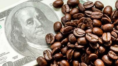 Il prezzo del caffè continua a crescere. Mai così caro dal 2015